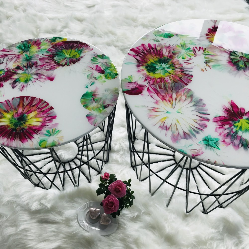 Resin side table set with flower design
