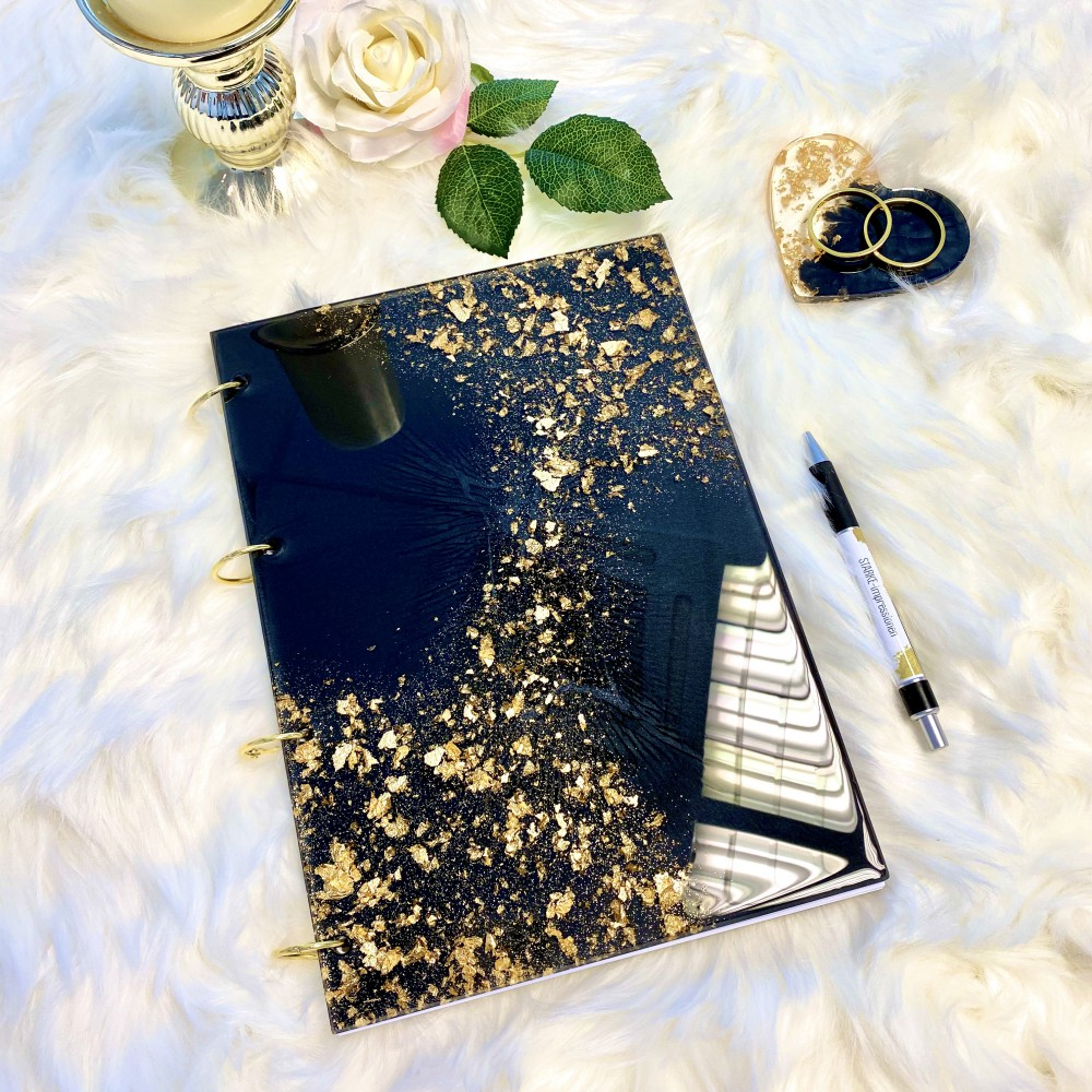 Resinbook Gold leaf magic black XLII
